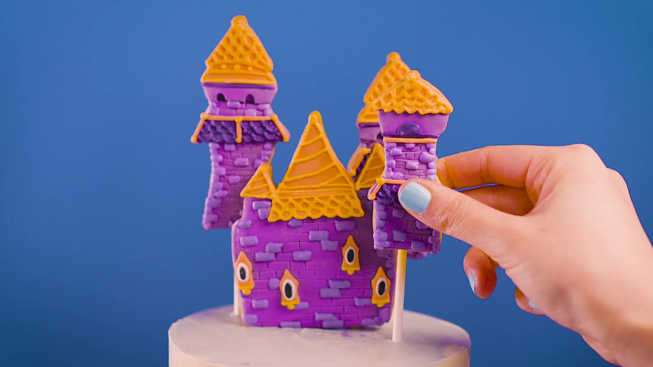 Celebrate Spyro's 20th anniversary with an awesome custom cake