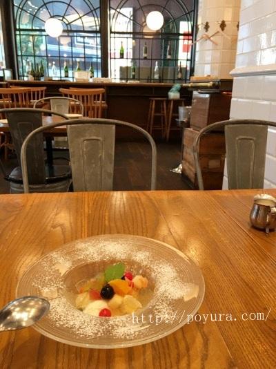 梅田駅そばのbuzzのデザート