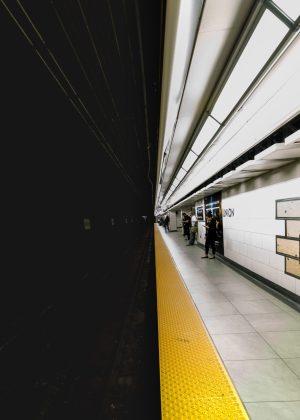 metro pół