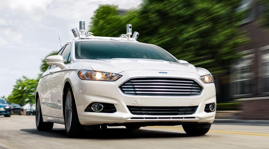 Новый фокус от Ford – управление новыми машинами, как в играх.