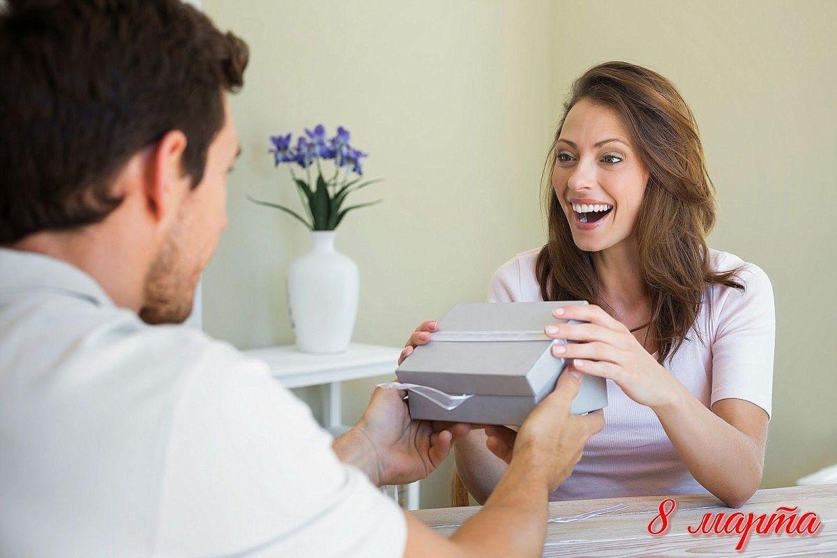 Кто более щедр, мужчины, или женщины?