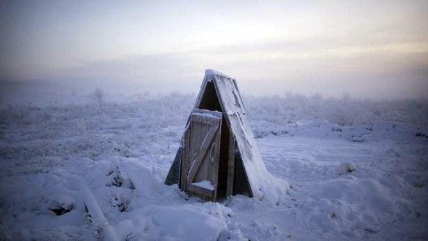 oymyakon-coldest-village-on-earth-amos-chapple-03
