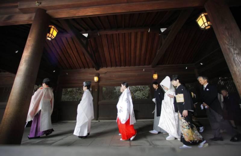 Японское свадебное кимоно.