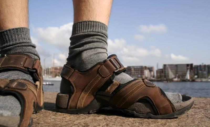 Носки сандалии ноги