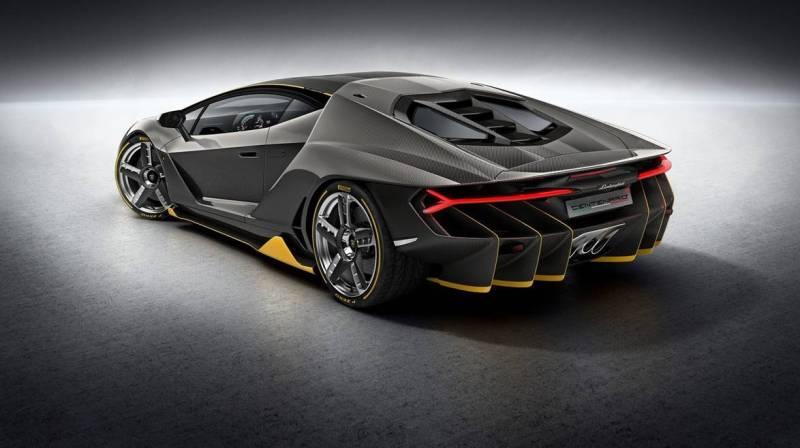 Женевский автосалон 2016 Lamborghini Centenario