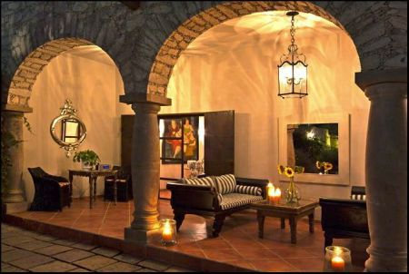 business of living in mineral de pozos mexico