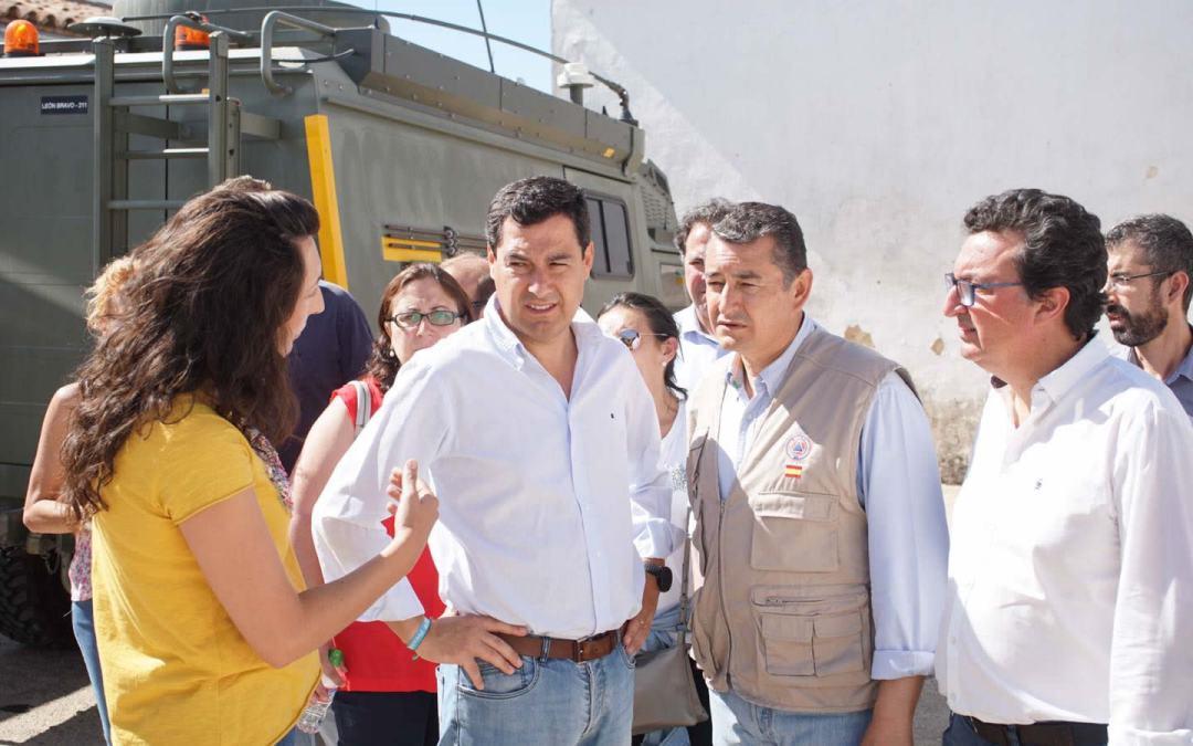 """Juanma Moreno ofrece el apoyo del PP Andaluz para aumentar los medios y la plantilla del Infoca ante un verano """"que se prevé terrible"""""""