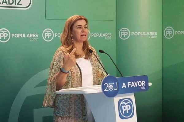 """El PP cree que Carnero oculta más """"tarjetas black"""" de la FAFFE al Parlamento"""
