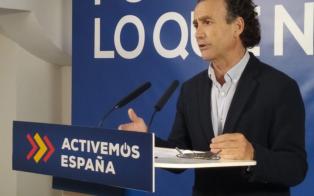 """Venzal defiende el """"modelo andaluz, que ayuda al empleo"""", frente al """"modelo socialista dedicado sólo al aparato"""""""