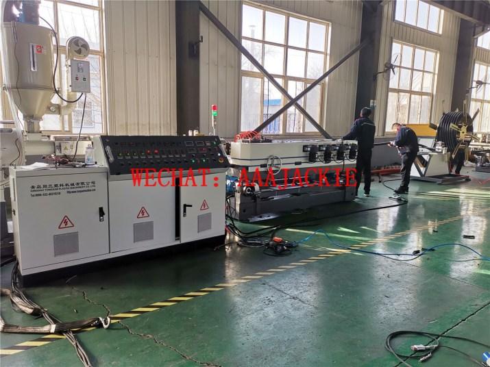Máy sản xuất Ống ruột gà nylon