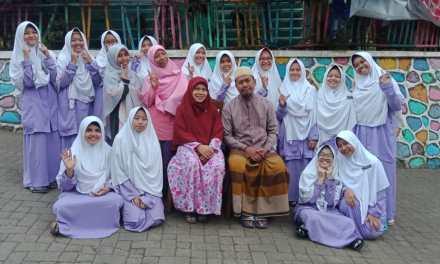 Melepas Santriwati Pengabdian Marhalah Tsaniyah PPDU Putri 1 Malang