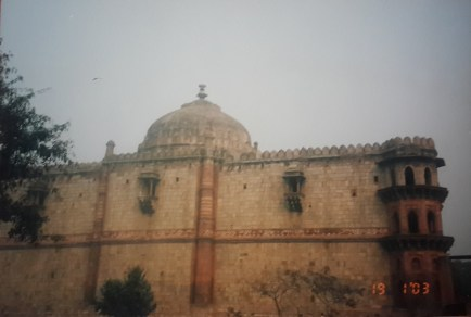 Tughalkabad fort