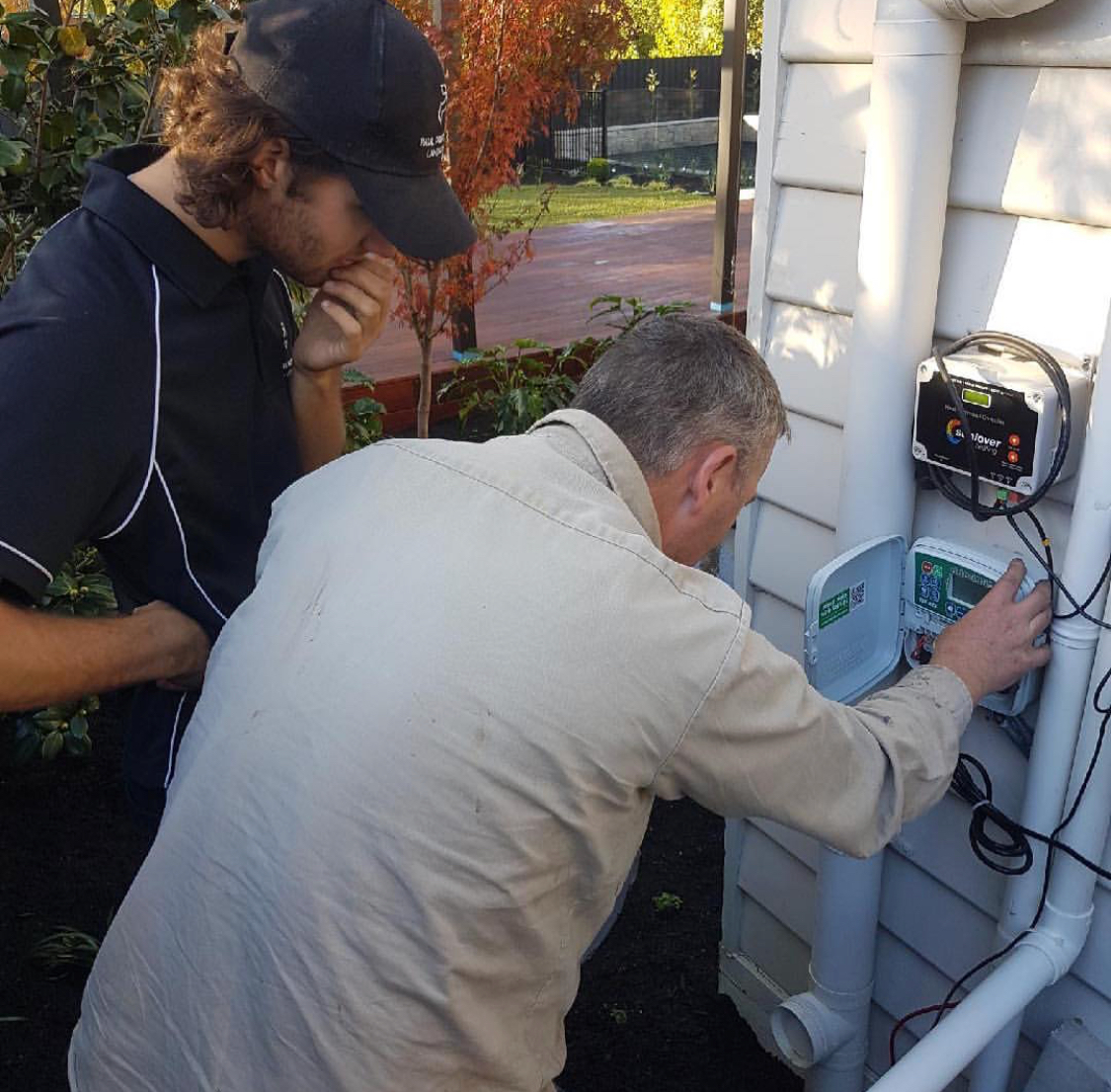Paul and Team Working   Paul Pritchard Landscape Designs Melbourne