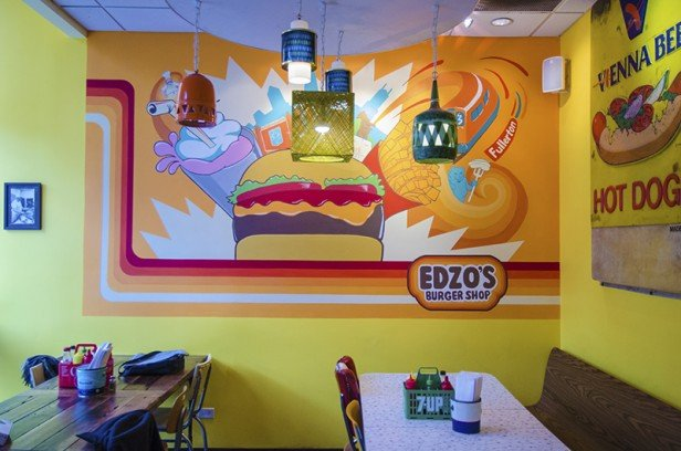 Chicago Apartments, Lincoln Park Food, Edzo's Burger Shop