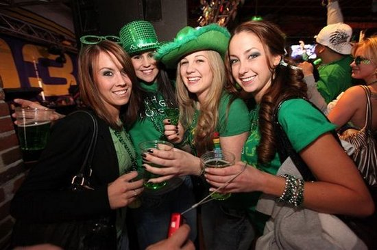 Chicago Apartments, St. Patrick's Day, Gold Coast
