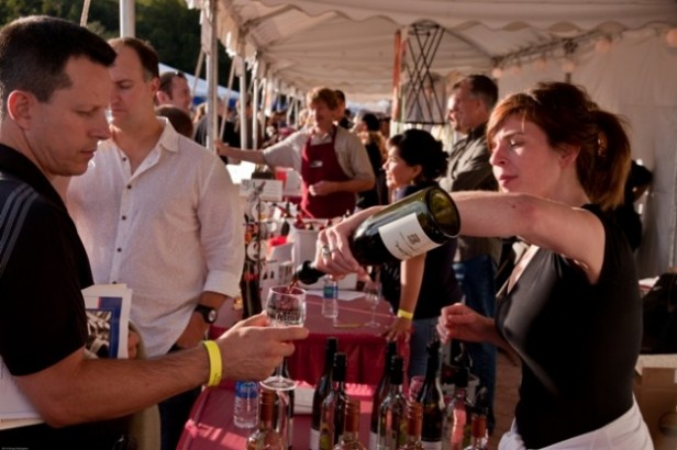 Chicago Apartments, September Events, Windy City Wine Festival