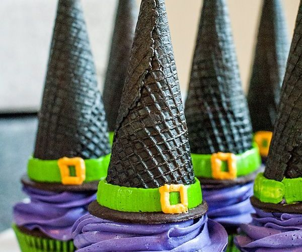 Chicago Apartments, Halloween Treats, Witch Hat Cupcakes