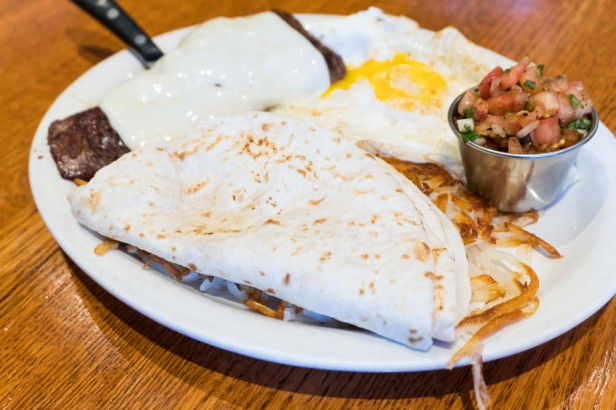 Chicago Apartments, Third Coast Cafe, Mexican Steak and Eggs