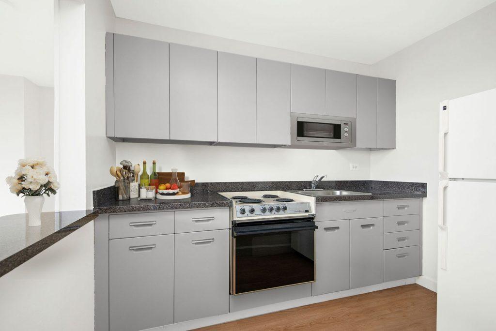 1330 N Dearborn Kitchen Interior Chicago Apartments Gold Coast - 3