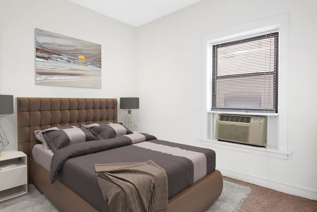 Chicago Apartments, Lincoln Park, 434 W Diversey Bedroom