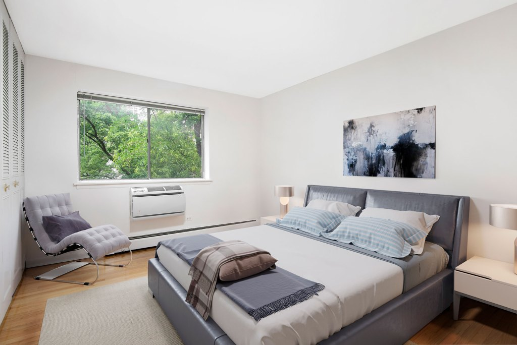 Chicago Apartments, Lakeview, 515 W Barry Bedroom