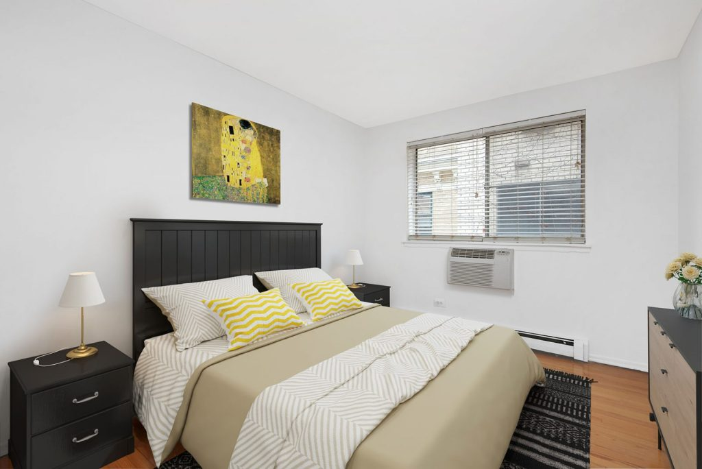 Chicago Apartments, Lakeview, 537 W Melrose Bedroom