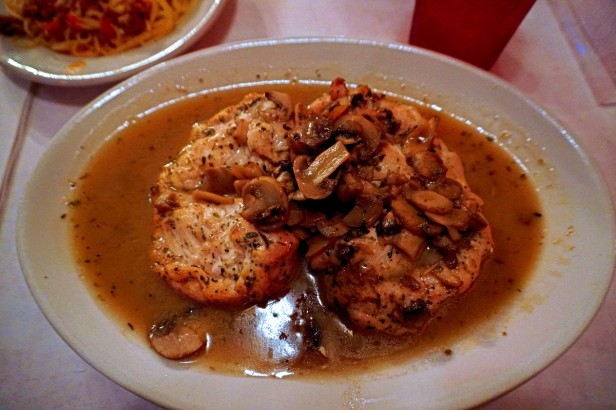 Chicago Apartments, Pizano's Pizza and Pasta, Chicken Marsala