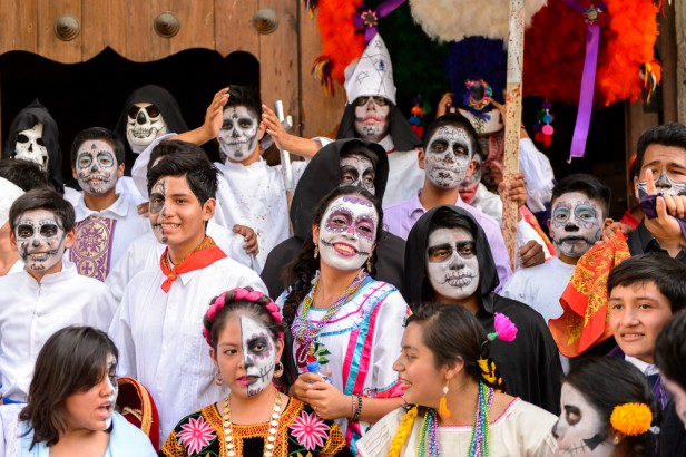 Chicago Apartments, Free Halloween Events, Day of the Dead, National Museum of Mexican Art
