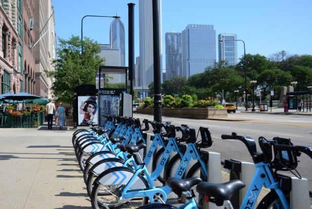 Chicago Apartments, Bike Trails, Major Taylor Trail