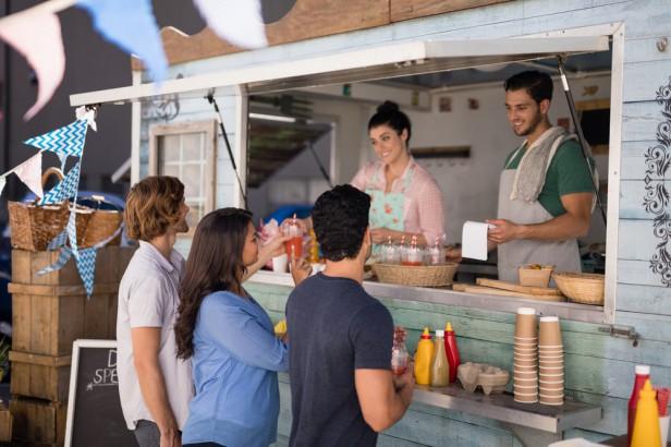 Chicago Apartments, Food Trucks, Best Truckin BBQ