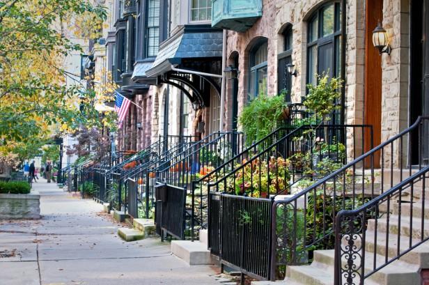 Chicago Apartments, Pride, Andersonville