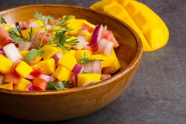 Chicago Apartments, Mango and Pepper Salsa Recipe