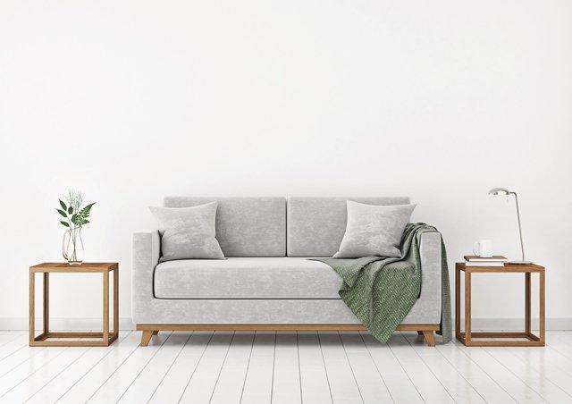 Chicago Apartments, Inexpensive Sofas