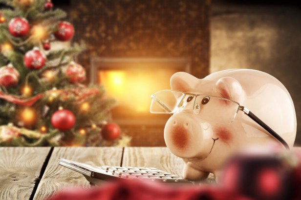Chicago Apartments, Holiday Party Tips, Money Saving Tips