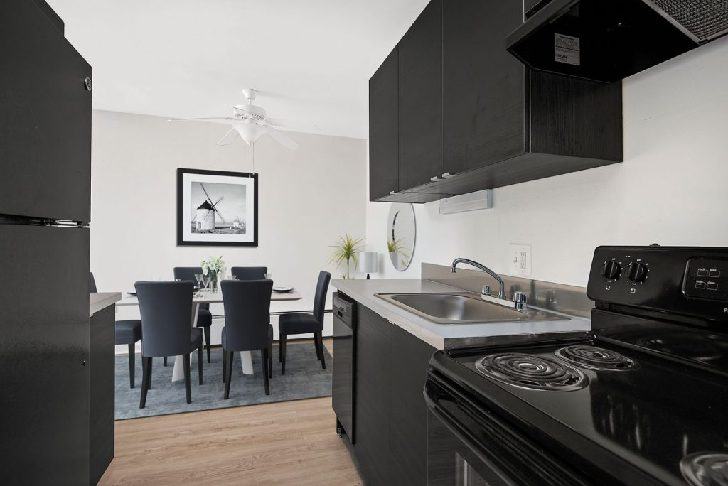 Chicago Apartments, Lakeview, 441 W Oakdale One Bedroom