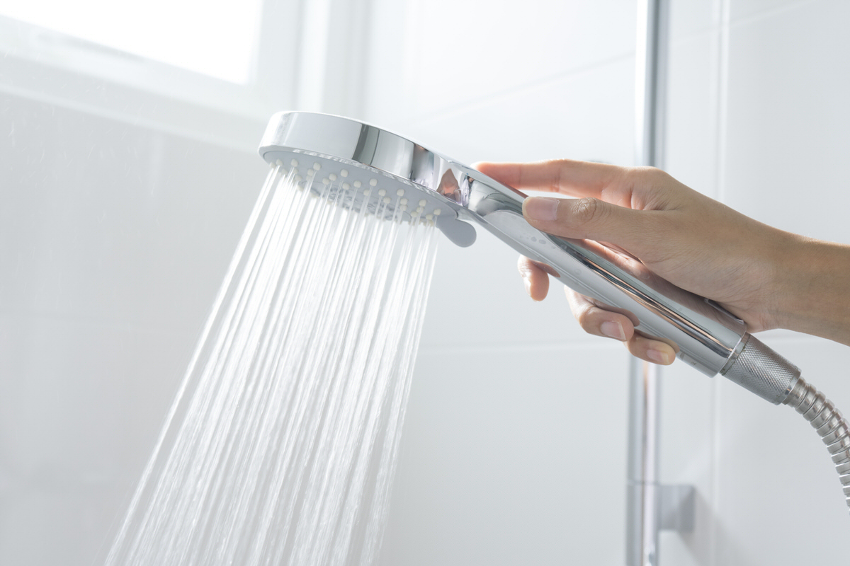Chicago Apartments, Shower Tips