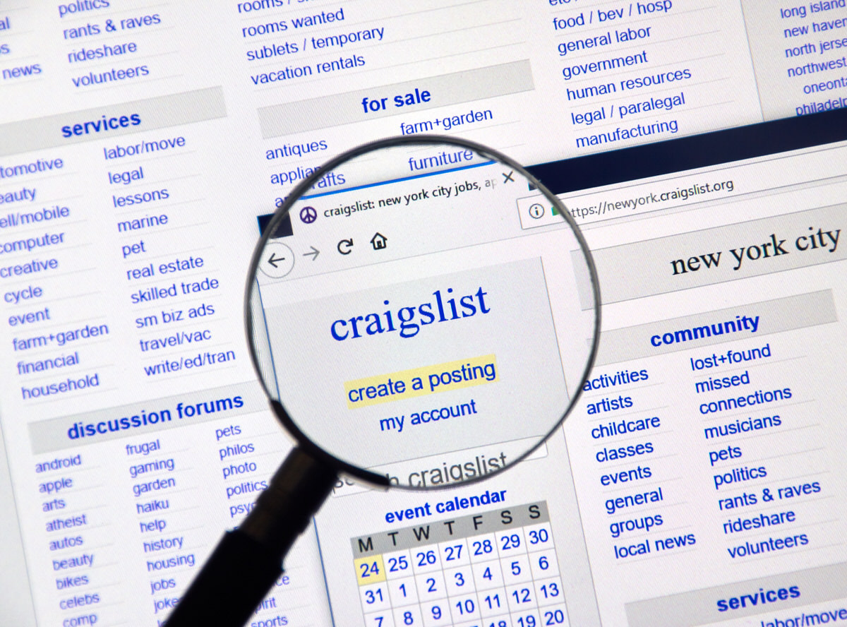 Chicago Apartments, Craigslist, Selling Clothes Online