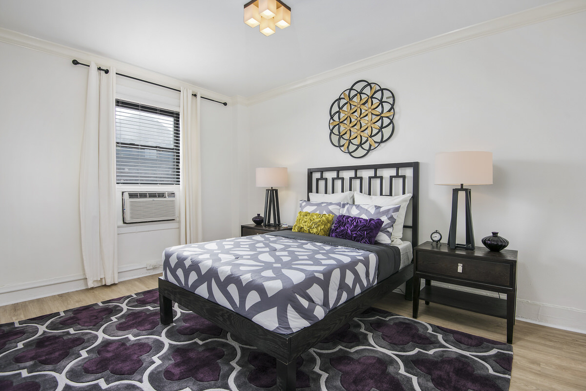 Chicago Apartments, Bedroom, 3/3 Vertical Rule