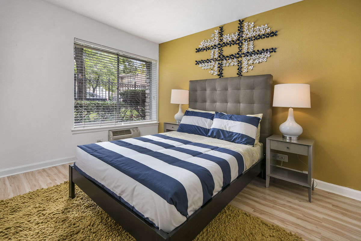 Chicago Apartments, Color Theory Decor