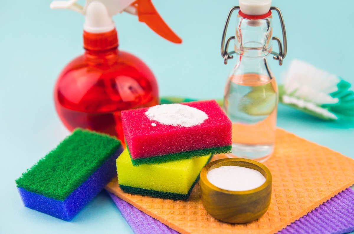 Chicago Apartments, Baking Soda Cleaning