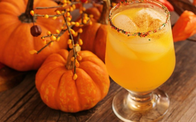 fall cocktail recipes, chicago apartments