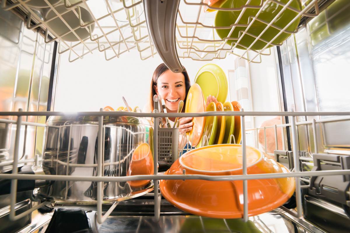 chicago apartments, cleaning tips, dishwasher tips