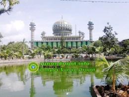 Masjid Agung PonPes Sunan Drajat Lamongan Jawa Timur