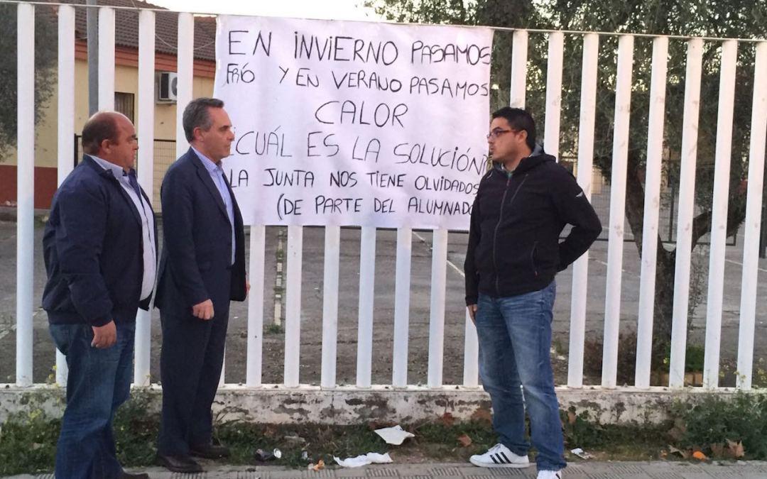 El PP de Sevilla pide explicaciones en el Parlamento por el incumplimiento del acuerdo parlamentario para la construcción del nuevo instituto en Benacazón