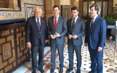 """Juanma Moreno se muestra convencido que Beltrán Pérez será alcalde y le garantiza que el Gobierno andaluz será su """"aliado"""""""