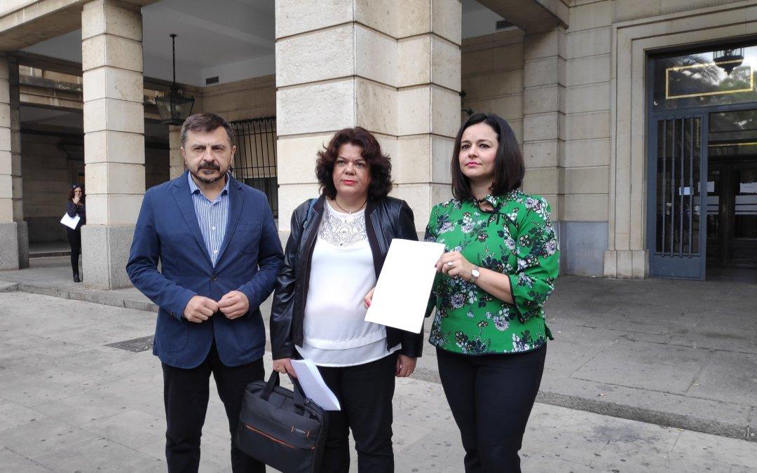 La alcaldesa de Huévar denuncia ante la Fiscalía presuntos delitos electoral y de malversación por parte del PSOE