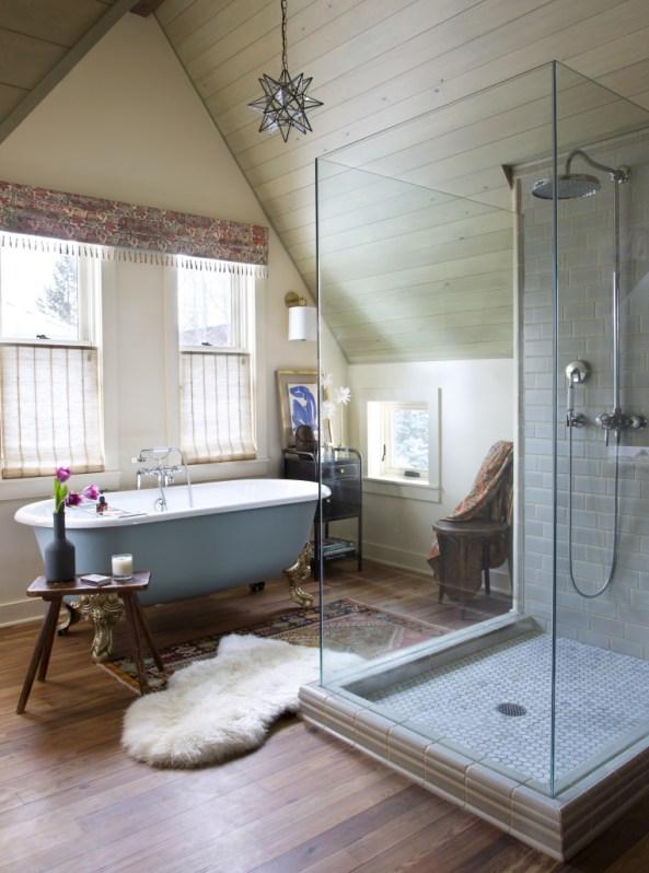Cozy, boho luxe spa-like bathroom with a small sheepskin pelt: get the look on a budget