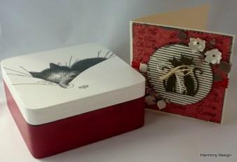 pudełko z kotkiem w komplecie z kartką