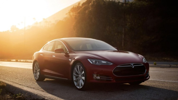 tesla motors offers its technology to all carmakers