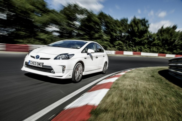 Toyota Prius sets Nurburgring fuel consumption record